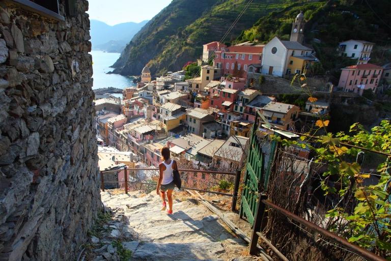 Italy-Cinque_Terre-Vernazza_Village_04.jpg