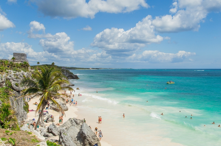 mexico-cozumel-tulum-ruins-beach-view