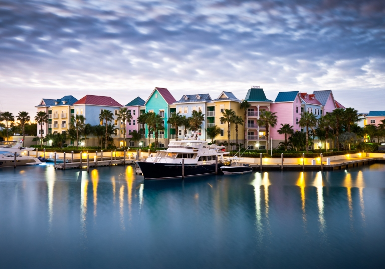 bahamas_nassau_dock.jpg