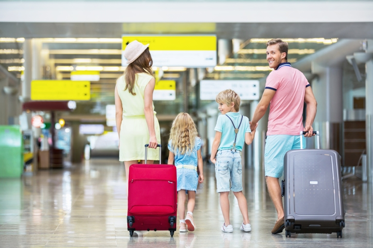 Family-with-children-at-airport