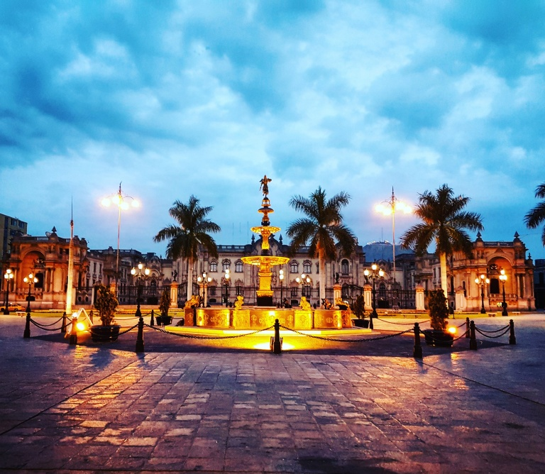 Peru-Lima-Plaza Mayor.jpg