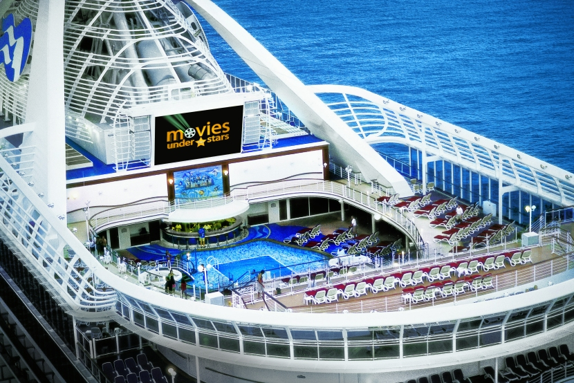 5 Incredible Cruise Pools