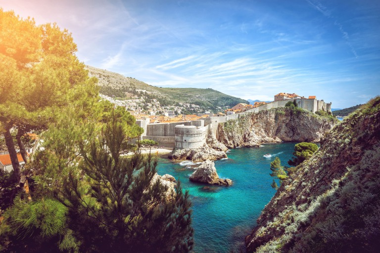 croatia_dubrovnik_city_horizontal_sunny_from_a_distance_high_res_supersize.jpg