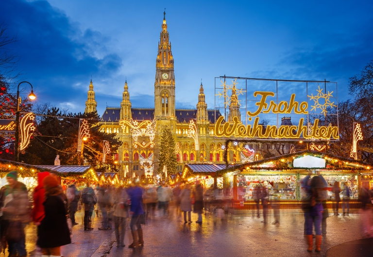 austria-vienna-christmas market-night-time-high-res.jpg