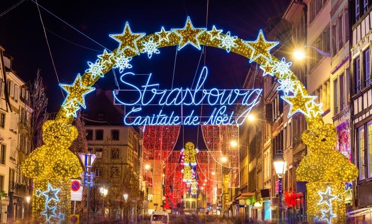 christmas_market_Strasbourg_France.jpg