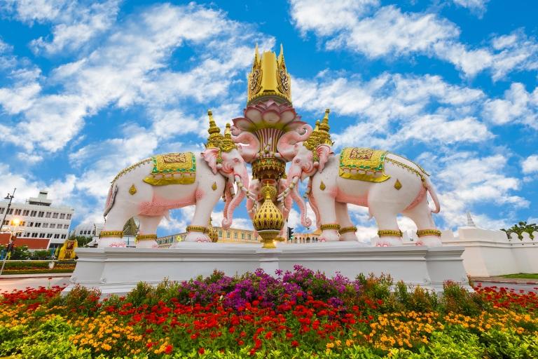 Thailand-Bangkok-Wat Phra Kaew-Grand Palace-Three Erawan statues.jpg