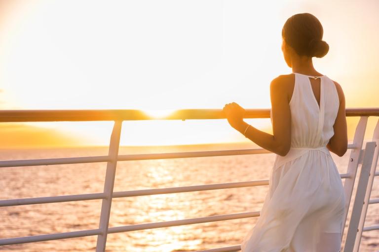 cruise-ship-woman-traveler-sunset.jpg