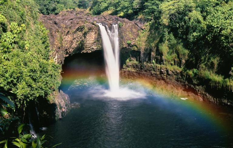 Hawaii-Hilo-Rainbow Falls- Rainbow.jpg