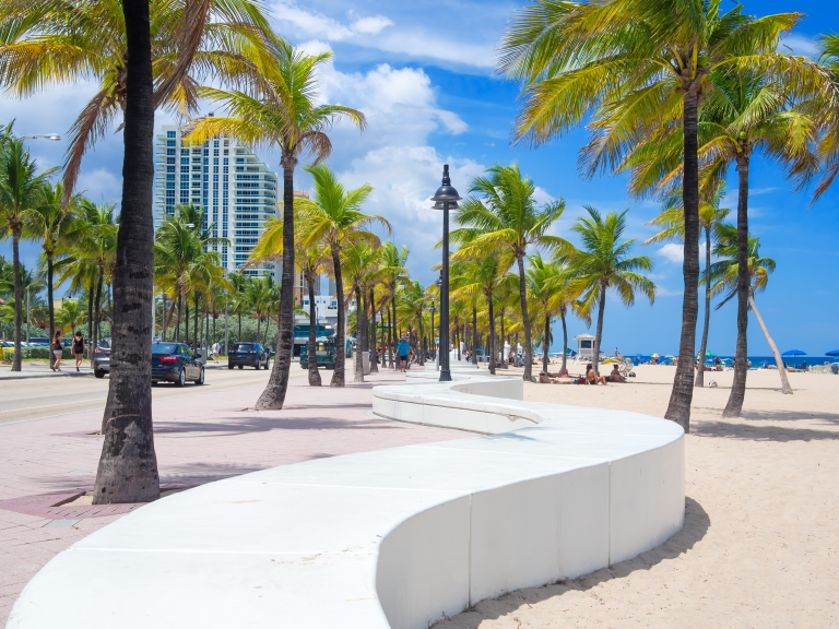 fort_lauderdale_florida_beach_boardwalk_palm_trees_ocean.jpg
