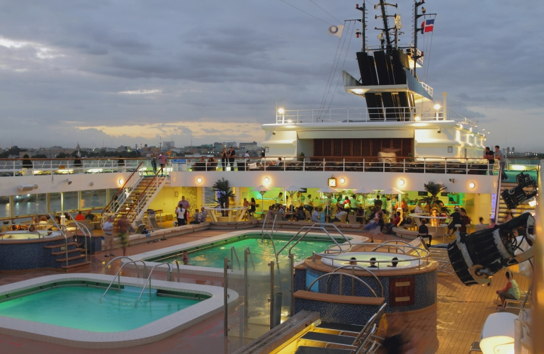 cruise-ship-pool-deck-night